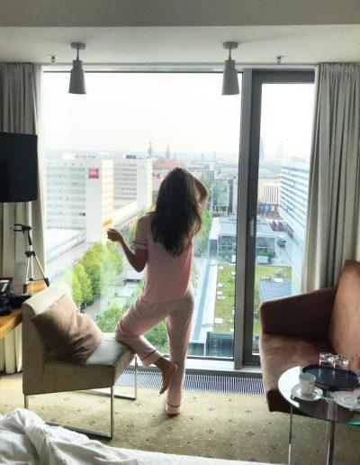 Aussicht & Kaffee im Pullman Hotel Dresden Newa © Ovgu & Levent